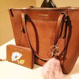 Michael Kors bag and wallet AUTHENTIC